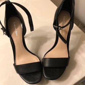 Leather black platform heel